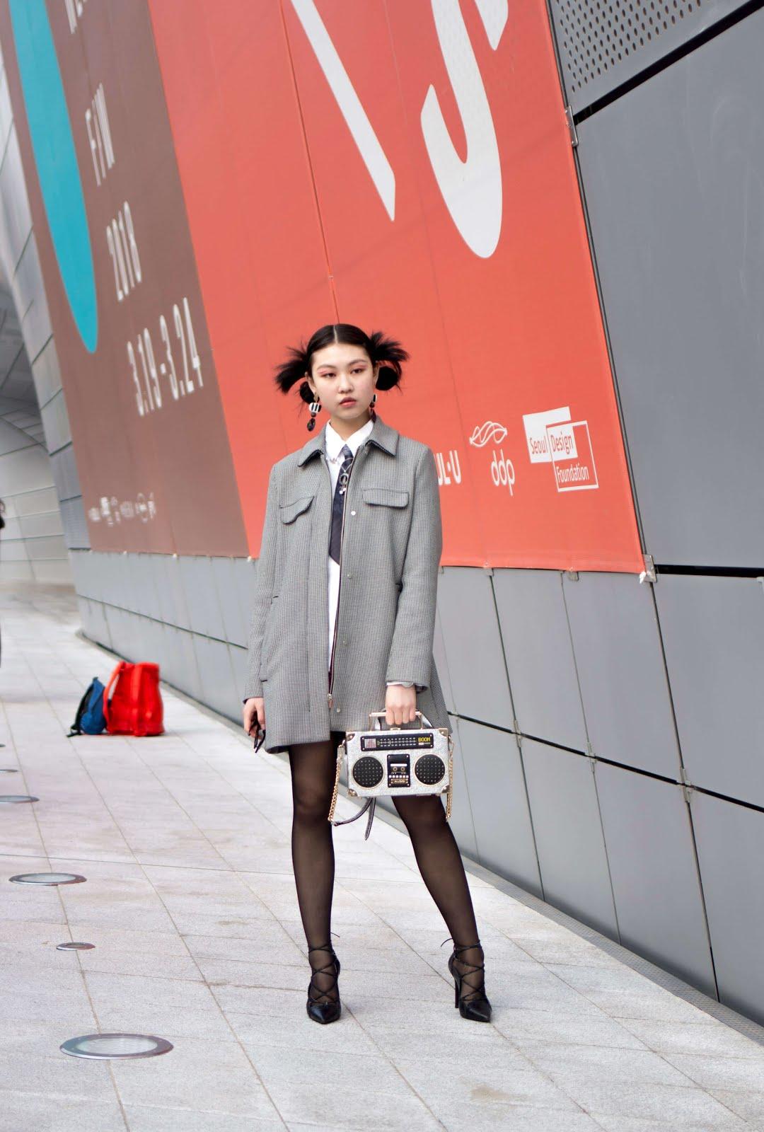 seoul fashion week fw18 saturday day 6 streetstyle womenswear
