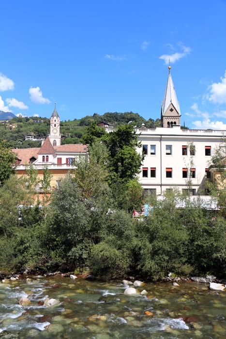 Meran Altstadt mit Kirchen