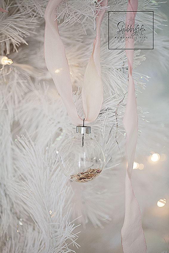 pretty-vintage-ornaments