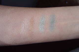 Essence 3D Shadow swatches.jpeg