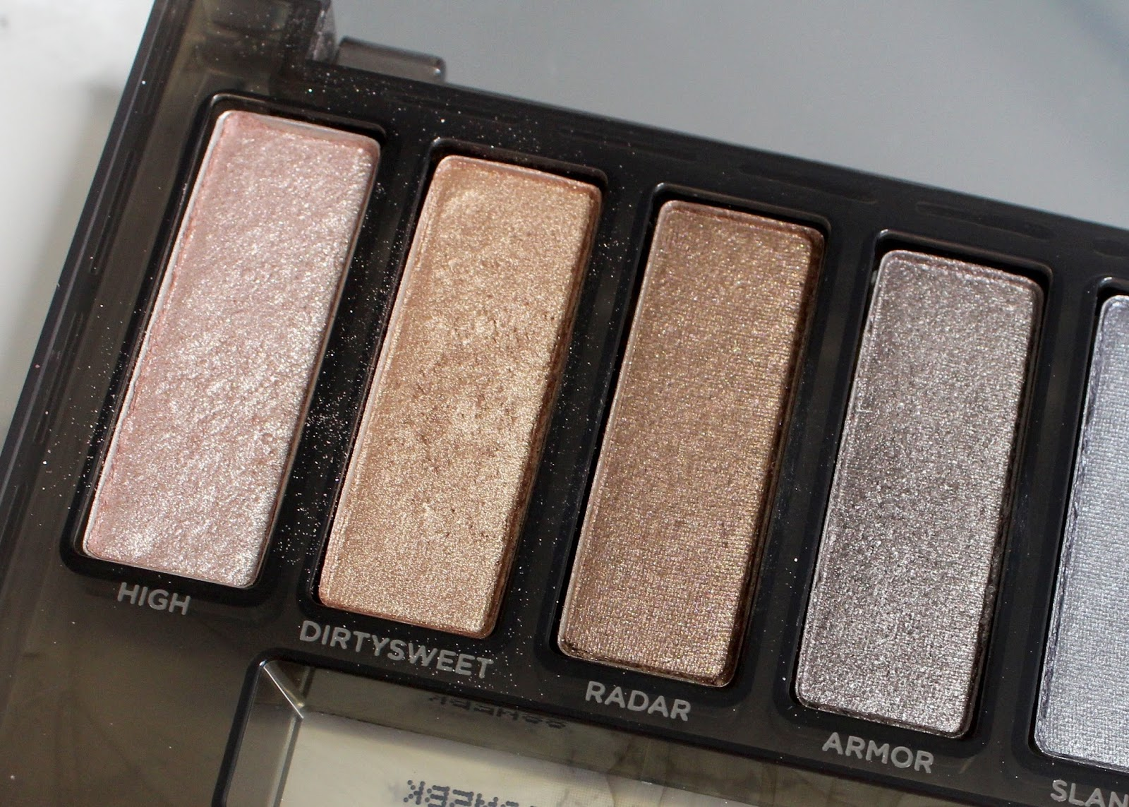 Urban Decay Naked Smoky palette review and giveaway