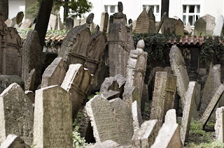 Old Jewish Cemetery – Prague