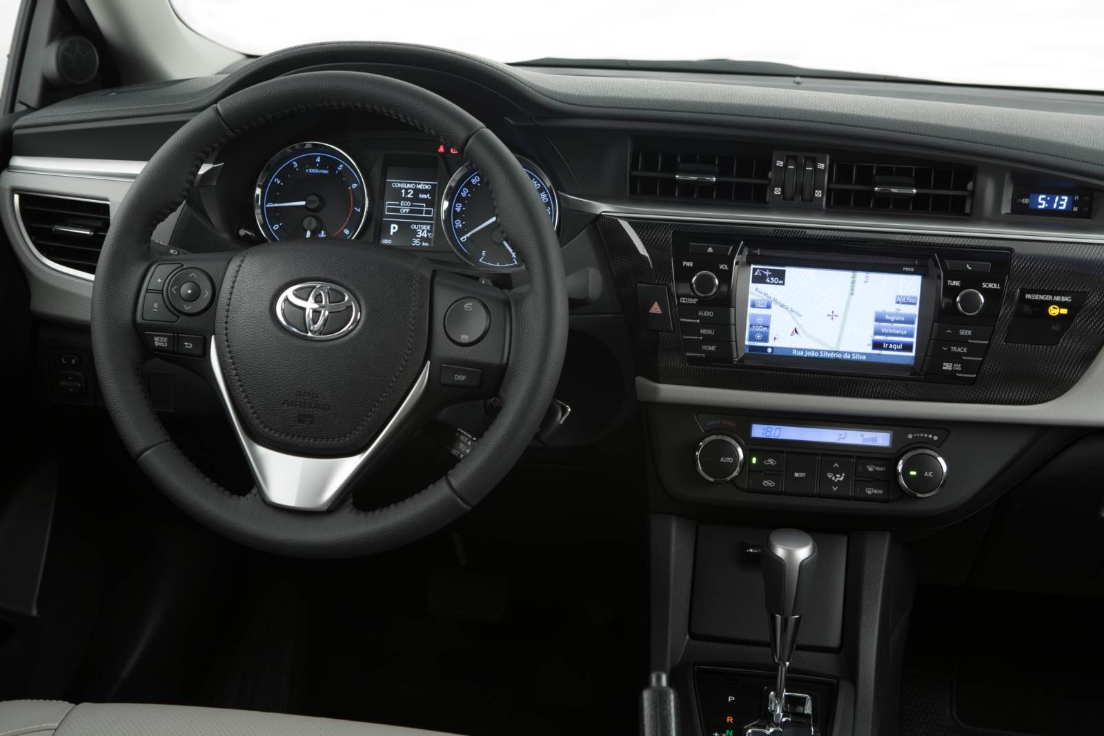Toyota Corolla XEI - interior - painel