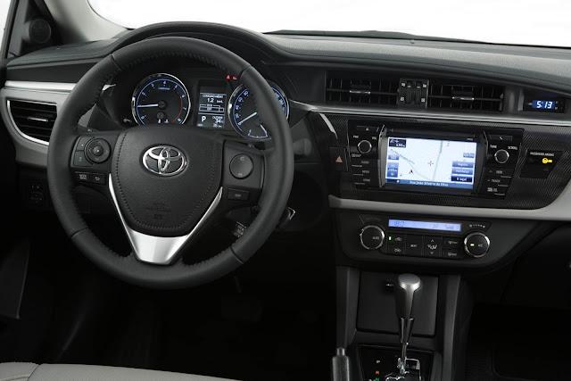 Toyota Corolla XEi 2016 - interior