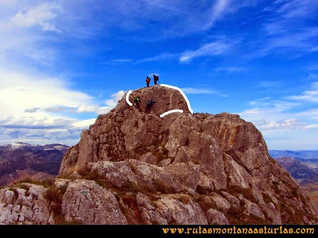 Ruta al Pico Gorrión: Descendiendo