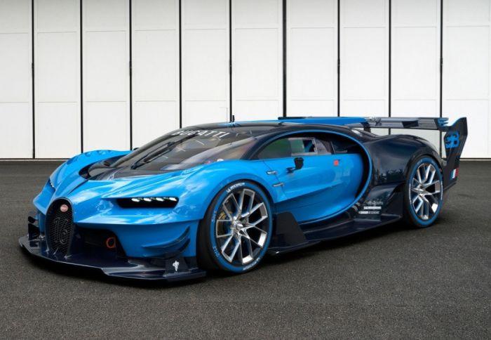 Bugatti Chiron (261+ mph)