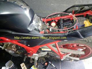 Cara pasang alarm motor pada Honda CB150r New LED