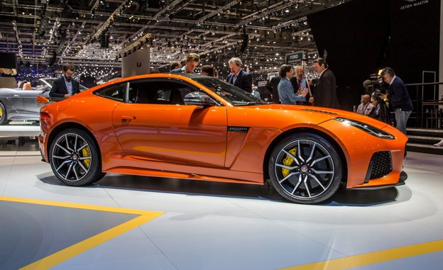 The F Type SVR Is All About Big Numbers. Itu0027ll Do 320kph. It Has A Power  Output Of 567bhp. It Has The Option Of 398mm Diameter Carbon Ceramic Discs  And A ...
