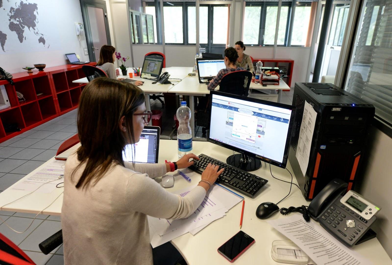 Ufficio Lavoro Canton Ticino : Helplavoro svizzera italiana job contact offre lavoro a operai