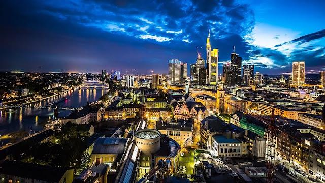 Noite em Frankfurt