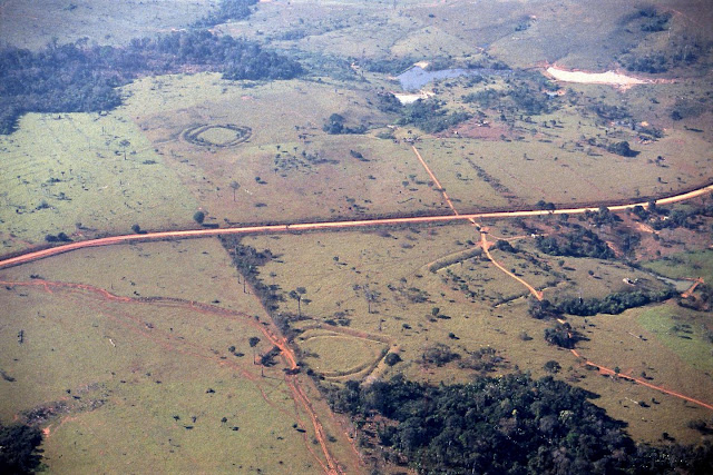 Ancient geometric earthworks in south­western Amazonia were important ritual communication spaces