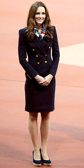 96ad1b0a94da How do you choose just one picture of this ultimate modest fashion icon?  There are literally hundreds of Kate pictures to choose from because this  woman is ...