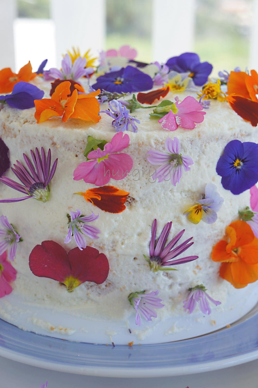 Kitchen Stories Spring Flower Birthday Cake