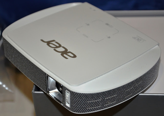 Product Review - Acer C205 LED #Projector @AcerAfrica #TheLifesWay