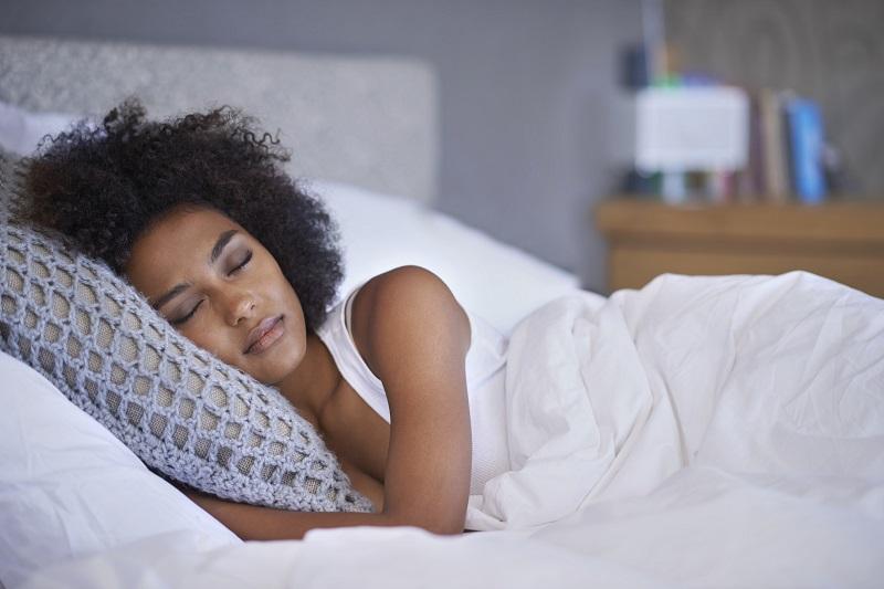 9 Soníferos Naturais Que Podem Ajudá-lo a Ter Uma Boa Noite de Sono