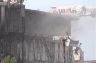 الحوثي يقصف المدن والمراكز التجارية وقيادات يمنية تجتمع وتناقش