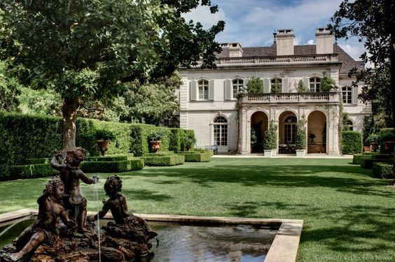 Crispi Hicks estate in Dallas