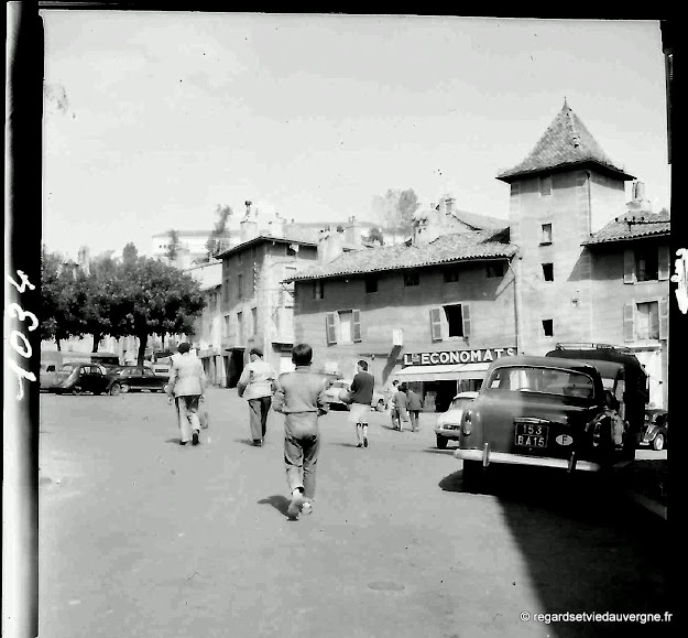 Photo noir et blanc ancienne