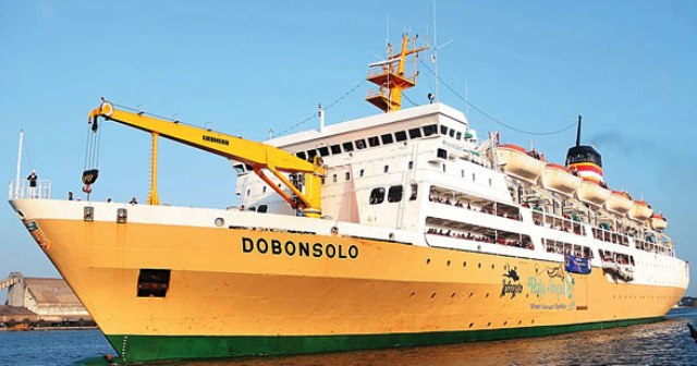 Kapal Laut Pelni Dobonsolo