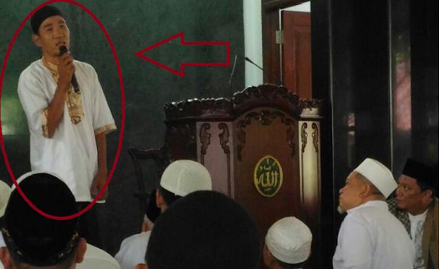 Pemuda Ini Masuk Islam setelah Patung Tuhannya Dibuang ke Tempat Sampah