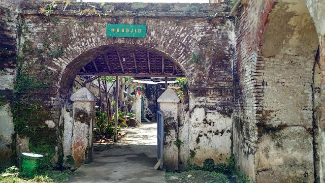 masjid fort willem II ambarawa