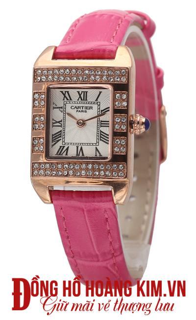 mua đồng hồ đeo tay nữ dây da