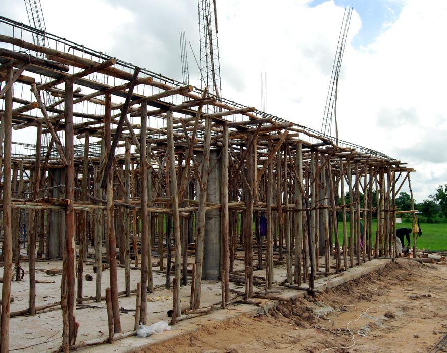 Buriram House Builder Buriram Cement Roof Tiles Stanley Fatmax Claw Hammer Crocodile Tile Mortar