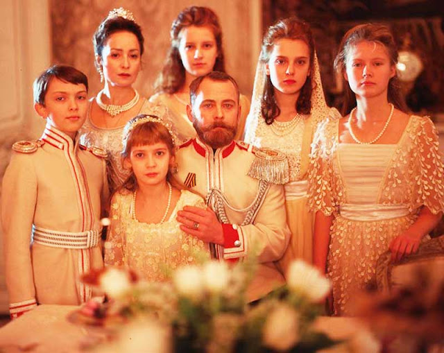 Figurino Família Romanov em filme