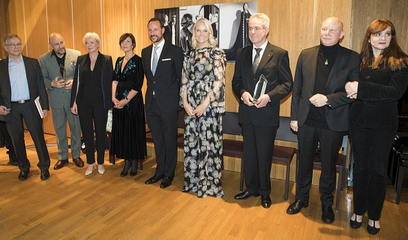 Crown Princess Mette-Marit is wearing her Ole Yde gown. She first wore the gown at the gala dinner for the Nobel Peace Prize in 2014