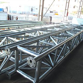 chất liệu sản xuất cổng chào