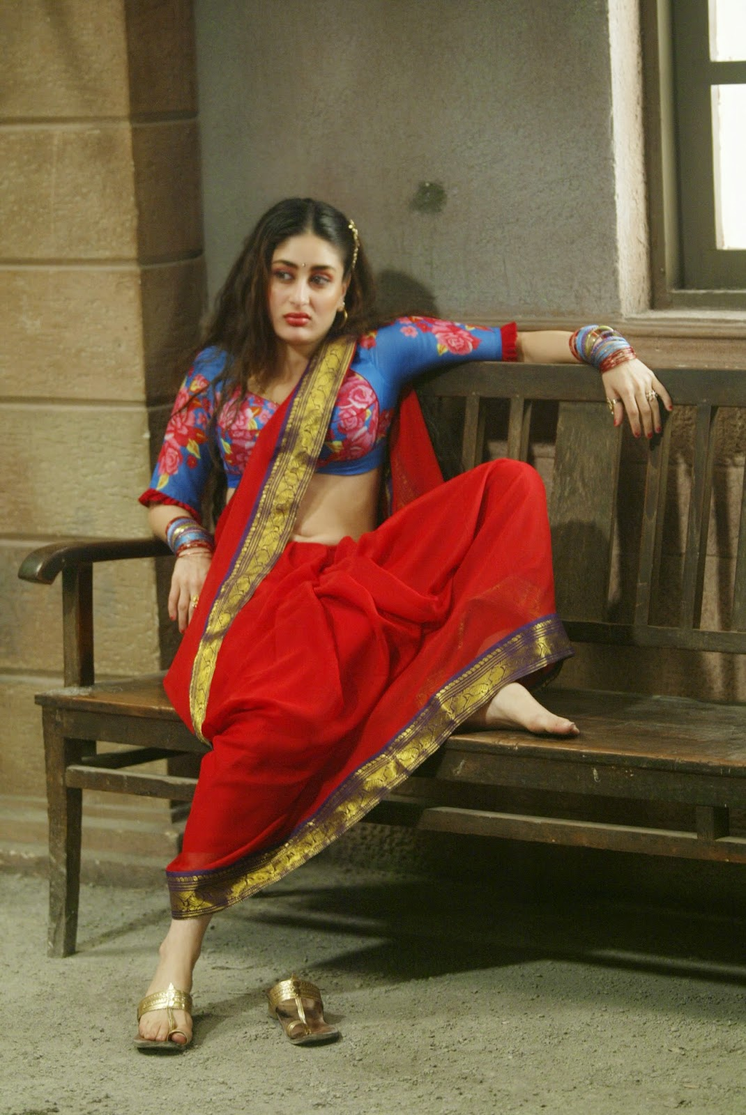 High Quality Bollywood Celebrity Pictures Kareena Kapoor -2206