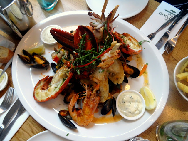 Mixed Grill - The Seafood Bar in Amsterdam