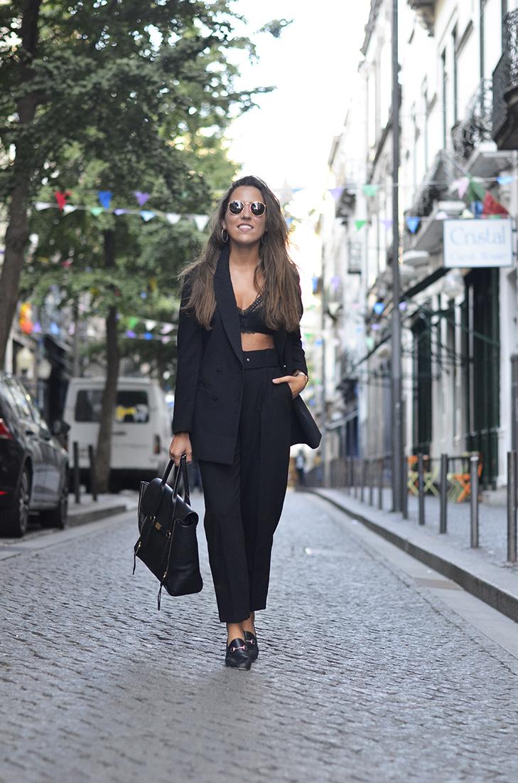 Casual Streetstyle - black suit, HM Blazer, Zara pants, gucci loafers, phillip lim bag, ray ban sunglasses, Tezenis Bralette