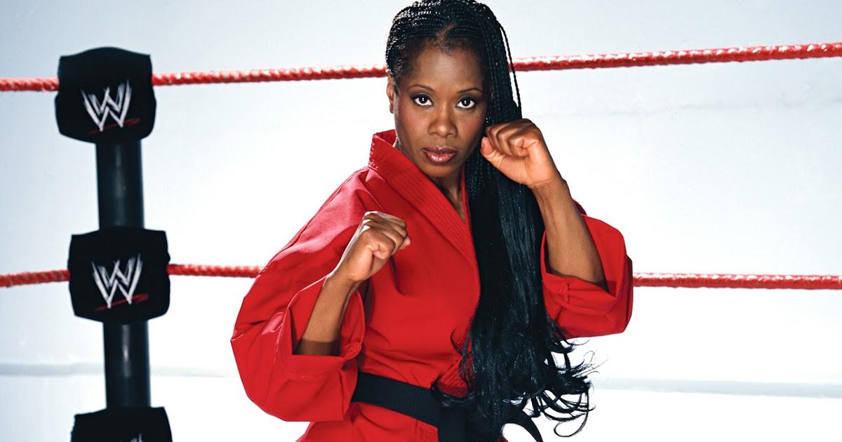 The Daily Knockout: wwe.com RAW Divas Past & Present ...