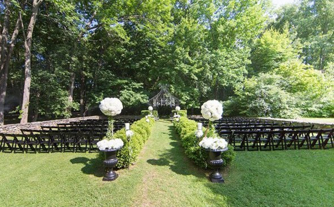 Lord Thompson Manor Wedding Venue