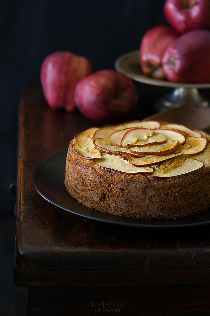 Buckwheat apple cake with almonds