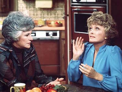 Vivian Cavender en Maude
