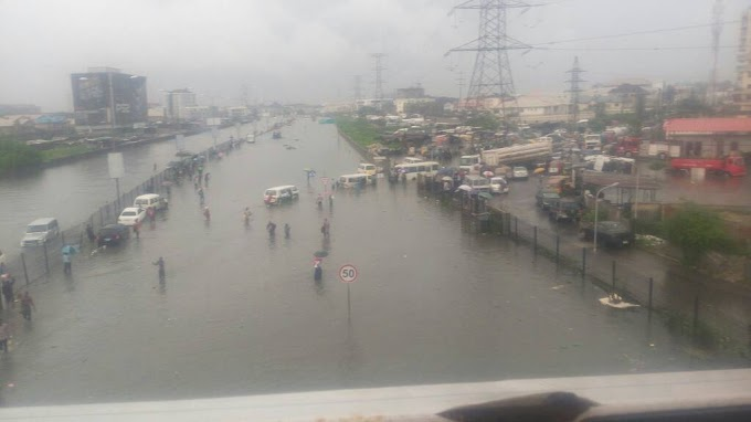 Flooded Lekki This Morning (Pictures)