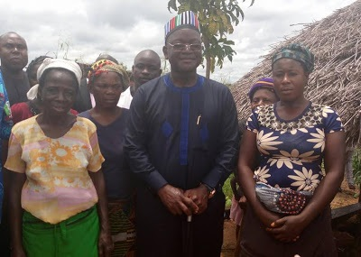 Benue Gov. Ortom Pictured Eating At Mama-put Restaurant At Riverine Village