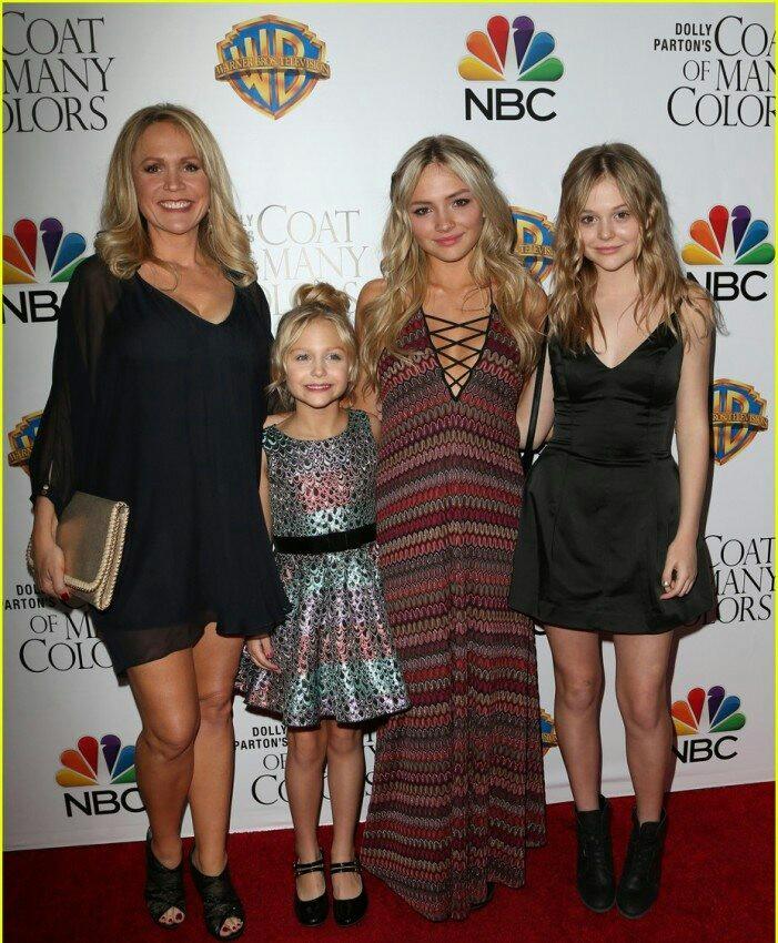 Barbara Alyn Woods, Emily Alyn Lind, Natalie Alyn Lind and Alyvia Alyn Lind Family