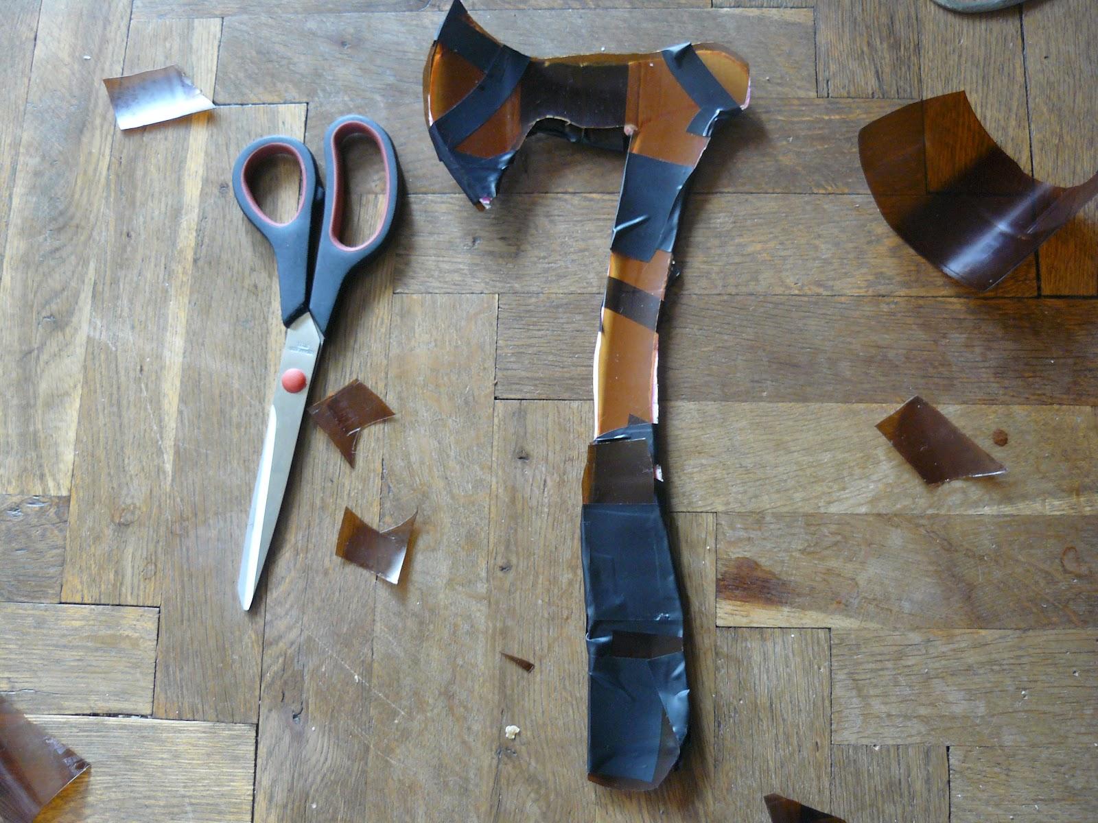 Buskador's LARP: Making a larp throwing axe or francisca