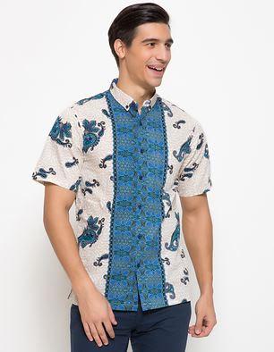 Busana kemeja batik pria gaul desain mewah