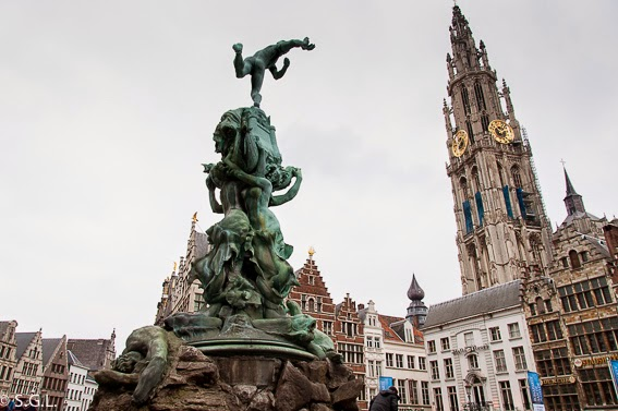 Un dia en Amberes en Belgica