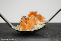 Cucharita de salmón ahumado con salsa tártara-cocinando-con-neus