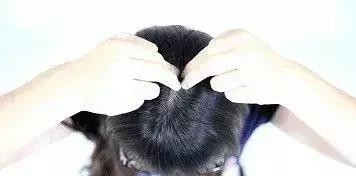 """每個人頭上都有五個""""生髮""""開關,快把它揉開,讓你告別脫髮(頭皮按摩、養髮)"""