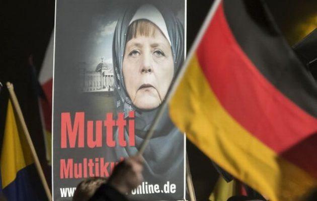 Εθνικιστικό AfD: Θα πάρουμε πίσω τη Γερμανία – Θα κυνηγήσουμε τη Μέρκελ – Έξω το Ισλάμ