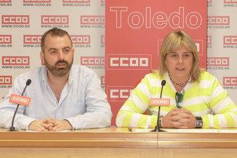 secretaria general de la Federación de Servicios a la Ciudadanía de CCOO CLM, Carmen López, y el secretario general de esta federación en Toledo, José Luis Arroyo.