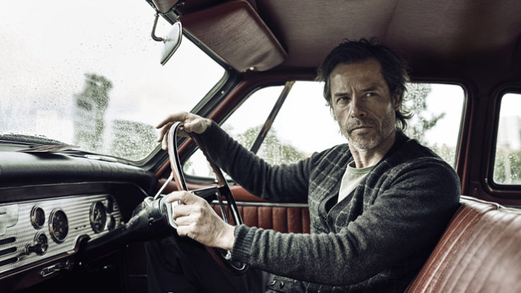 Jack Irish Guy Pearce Portada