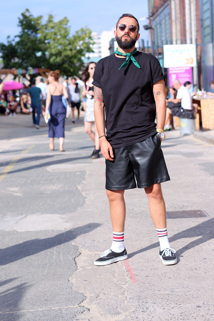 breadandbutter, notanitboy, streestyle, look, swiss, men, blog, blogger, fashion, style, rayban, vans, bandana, zalando,