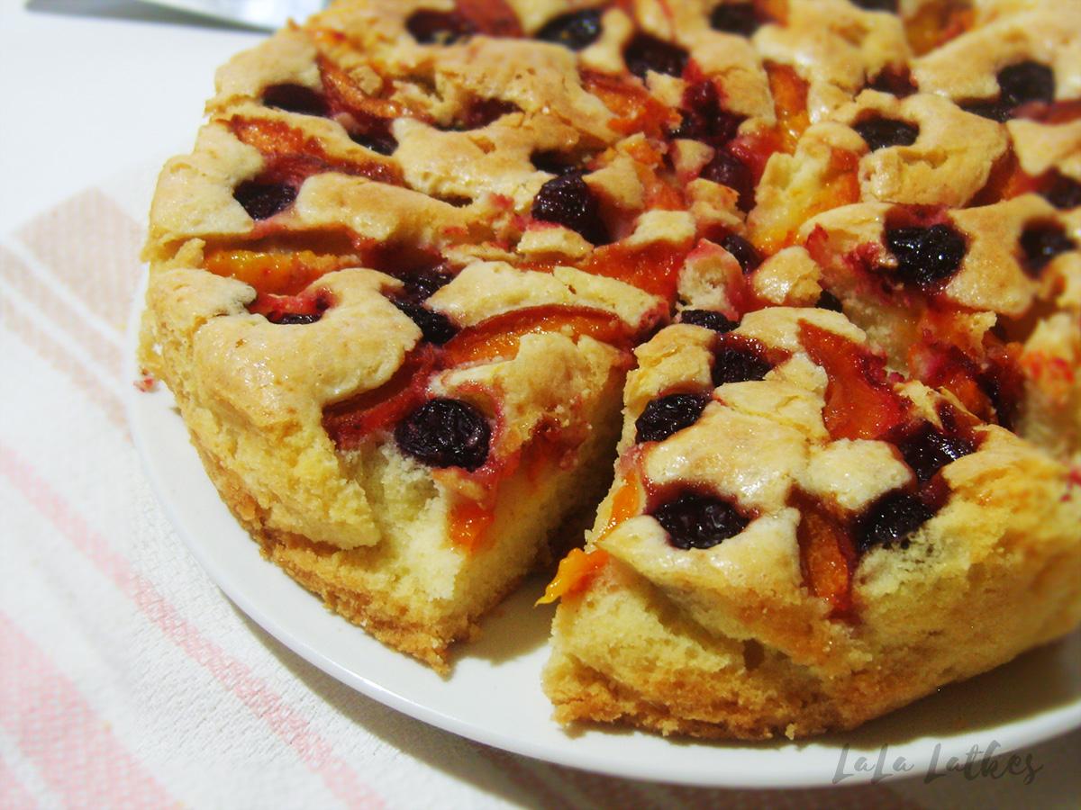 Простой фруктовый пирог